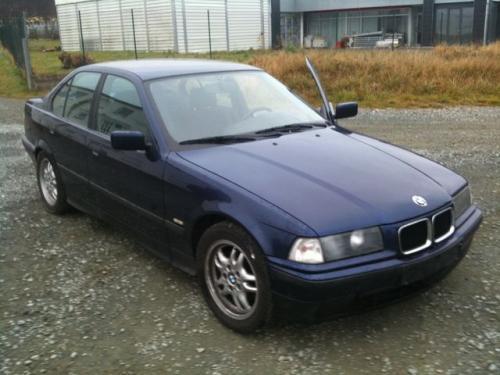 Bara spate BMW 318 1996