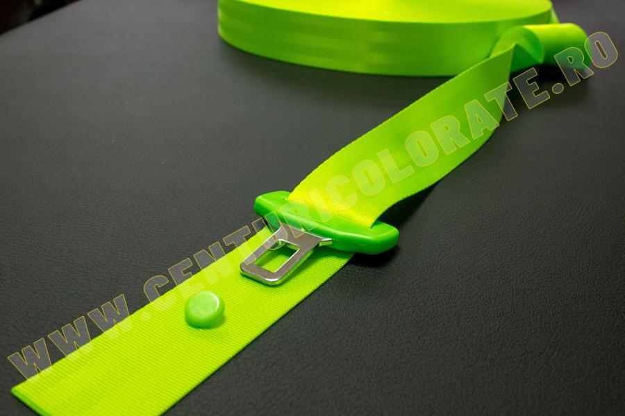Centura siguranta verde neon Nissan Navara