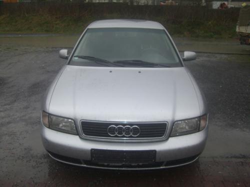 Vindem Delcou Audi A4 1997