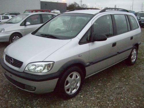 Interior Opel Zafira 2003