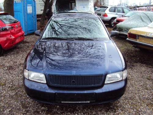 Motor Audi A4 1997