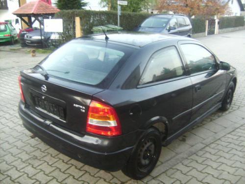 Sistem de evacuare Opel Astra 2002