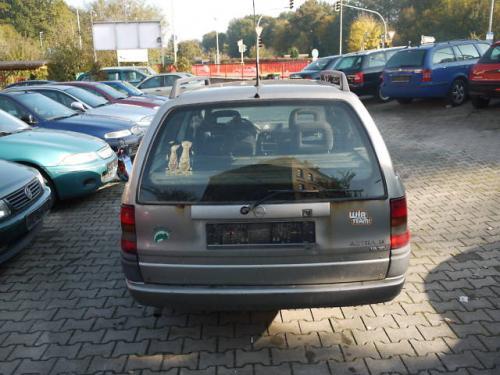 Vand Toba intermediara Opel Astra 1996
