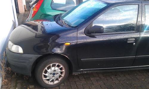 Vindem Trapa Fiat Punto 1998