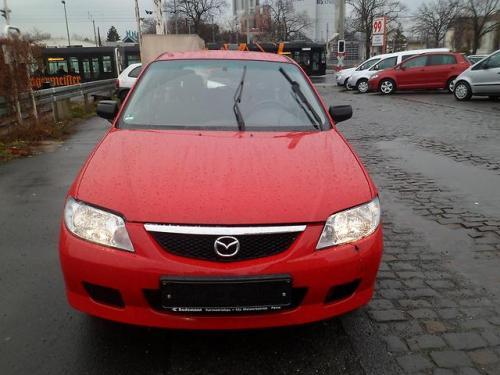 Vand Trapa Mazda 323 2000